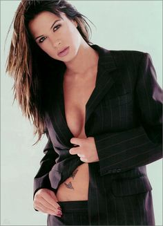 Rhona Mitra is so sexy.