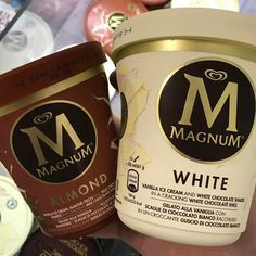 New Magnum ice creams @ Tesco Lincoln. Come in at just under so pretty expe… New Magnum ice creams @ Tesco Lincoln. Come in at just under so pretty expensive ATM Next İmages: Presents For Best Friends, Presents For Girls, Magnum Ice Cream, Delicious Desserts, Yummy Food, Tasty, Homemade Popsicles, Decoration Inspiration, Dessert For Dinner