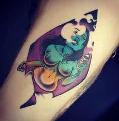 Onnie O'Leary, tattoo artist