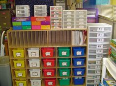 This teacher is SUPER organized.  There are lots of pictures on her blog to browse through!  Way to go Mrs. Bonds!