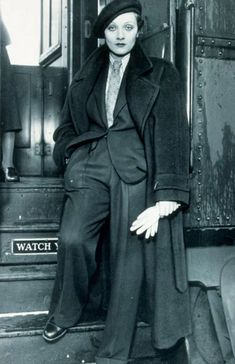27 Ideas for style icons female 1930s Fashion, Trendy Fashion, Vintage Fashion, Fashion Outfits, Vintage Vogue, Marlene Dietrich, Lgbt, Gigi Hadid Outfits, Masculine Style