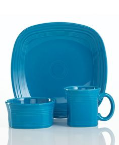 Peacock colored Fiesta Ware- Yup This is the color of one set of my fiesta plates!  sc 1 st  Pinterest & I use the square dessert plate in my round placesetting | Homemaking ...