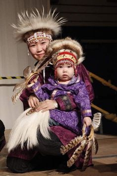 Bethel Traditional dancers - Inuit (First Nations) Costume Tribal, Folk Costume, Costumes, We Are The World, People Around The World, Precious Children, Baby Kind, Mother And Child, First Nations