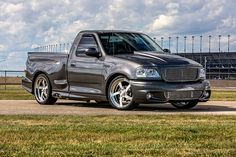 Nathan Findlay's 2003 Ford Lightning is built to haul in more ways than one — StangBangers Ford Mustang 1967, Ford Svt, Ford Mustang Shelby Gt500, Ford Ecosport, Ford Bronco, Ford Shelby, Ford Mustang Wallpaper, Ford Ranger Raptor, Pickup Trucks