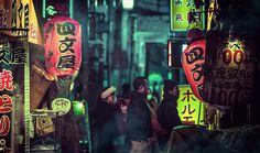 Splendidi scorci surreali e cyberpunk di Tokyo. Le foto notturne di Liam Wong