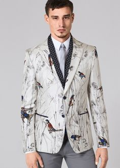 Dolce Gabbana 2016 Spring Summer Mens Collection Birds of Paradise 004 Dolce & Gabbana Lays Out an Extravagant Season