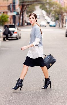 WEDNESDAY: GO FOR A MONOCHROME COLOUR PALETTE.  Outfits consisting of black, white and grey are easy to put together and they always look polished.