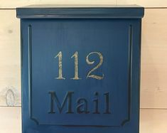Hand painted treasures for your home. by SaratogaArtnCraft on Etsy Wooden Mailbox, Wall Mount Mailbox, Mounted Mailbox, Traditional Mailboxes, Wooden Advent Calendar, Paint Your House, Christmas Calendar, Post Box, Rustic Walls