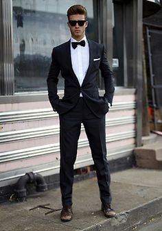 Mesmerizing Prom Suits Ideas for Men Pastel Outfit, Mode Masculine, Sharp Dressed Man, Well Dressed, Look Man, That Look, Sunglasses For Your Face Shape, Mode Cool, Style Masculin