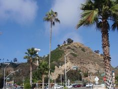 Gorgeous mountain views from Will Rogers State Beach - Pacific Palisades, CA