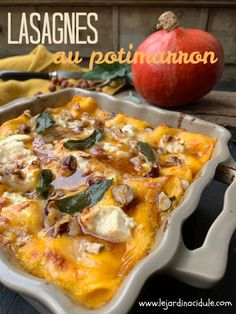 Lasagnes au potimarron - Third Tutorial and Ideas Indian Diet Recipes, High Protein Vegetarian Recipes, Healthy Breakfast Recipes, Clean Eating Recipes, Easy Healthy Recipes, Vegan Recipes, Vegetarian Chili Crock Pot, Easy Vegetarian Dinner, Dinner Healthy