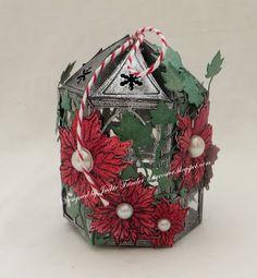 Tinyrose's Craft Room: Christmas Lantern Door Crafts, Gilding Wax, Small Lanterns, Christmas Lanterns, Poinsettia, Tea Lights, Decorative Boxes, Crafty, Room