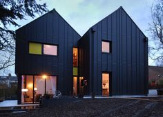 MiCasa by Stephen Davy Peter Smith Architects/ Kings Langley, UK