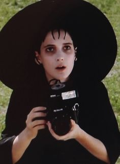 """""""Beetlejuice"""", 1988 loved the movie and love her. also great composition"""