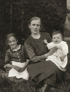 August Sander. Farm Woman and her Children. 1920-25.