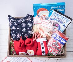Make a new magical Christmas Tradition with a DIY Christmas Eve box. Lots of Christmas Eve Box ideas. Christmas Eve Box For Kids, Night Before Christmas Box, Christmas Traditions Kids, Xmas Eve Boxes, Christmas Eve Box Fillers, Toddler Christmas, Christmas Gift Box, Magical Christmas, Christmas Tree Toppers