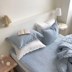 Blue Rooms, Blue Bedroom, Blue Bedding, Jungle Bedroom, Pastel Bedroom, Room Ideas Bedroom, Bedroom Decor, Korean Bedroom Ideas, Bedroom Inspo