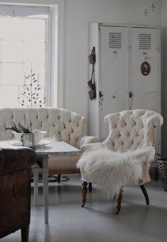 Cool sofa/chairs