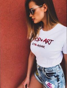 Cutie @ivana_mrazova #shopartgirl #summervibes #great #shopart #outfit #denim #shorts #tshirt #shopartistheanswer