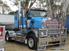 Image from the 2013 Castlemaine Truck Show of a Gray's Kenworth SAR Big Rig Trucks, New Trucks, Cool Trucks, Old Bangers, Truck Festival, Truck Transport, Road Train, Cab Over, 4 Wheelers