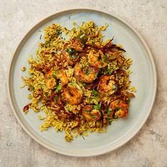 Yotam Ottolenghi's Middle Eastern recipes - - Yotam Ottolenghi's Middle Eastern recipes delish Machboos rubyan (AKA spiced rice) Yotam Ottolenghi, Ottolenghi Recipes, Prawn Recipes, Seafood Recipes, Beef Recipes, Cooking Recipes, Healthy Recipes, Savoury Recipes, Healthy Food