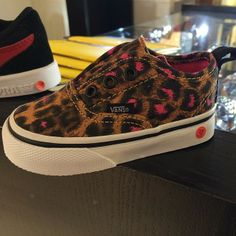 Little baby leopard vans
