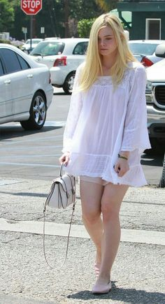 Womens Style Discover Elle Fanning style in 2020 Ellie Fanning Dakota And Elle Fanning Fanning Sisters Girls In Mini Skirts Beautiful Girl Image Sheer Beauty Elizabeth Olsen Chloe Grace Perfect Woman Sexy Outfits, Stylish Outfits, Dakota And Elle Fanning, Girls In Mini Skirts, Elizabeth Olsen, Mary Elizabeth, Sheer Beauty, Beautiful Girl Image, Girl Fashion