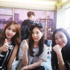 Hyemi de fiestar, MinJae de Sonamoo y JinSol de April