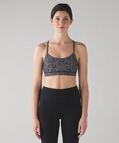 Flow Y Bra IV in luon suited jacquard black white