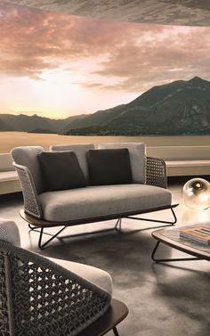 Fleurs Sofa And Armchairs By Unopiù #sofa #armchair #outdoor ... Caprice Unopiu Eisen Rankgitter Sichtschutzzaun
