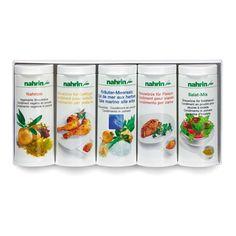 #Geschenkidee: Fünf Gewürze die in der Küche eines Nahrin-Fans nicht fehlen dürfen:  - Geflügel Streuwürze  - Nahrom Streuwürze  - Streuwürze für Fleisch - Kräuter-Meersalz - Salat-Mix 60 g Spices Packaging, Sea Salt, Rome, Meat, Love