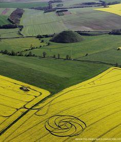 Crop Circle en Waden Hill, Nr Avebury, Wiltshire, Reino Unido fue reportado el 22 abril 2017