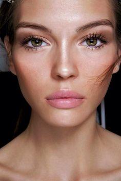 glowy neutral make up