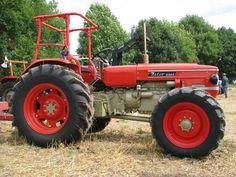 Vintage Tractors, Old Tractors, John Deere Baby, New Tractor, Classic Tractor, Rubber Tires, Bulldogs, Board, Canvas Art