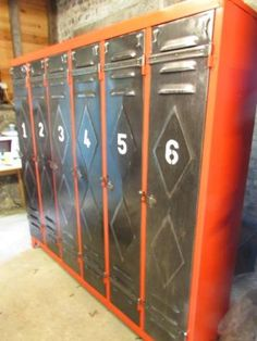 SalvoWEB : French Vintage Industrial Lockers