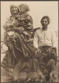 Gypsy Family from Rome arriving at Ellis Island.
