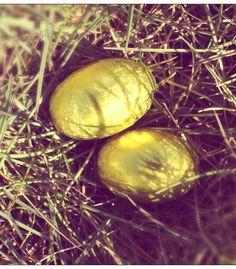 Happy easter. Easter egg. Påske æg.   www.dkira.com