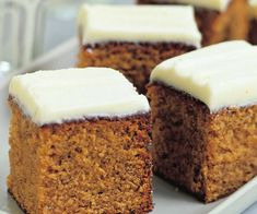Ginger cake recipe - By Australian Women's Weekly, Richly spiced, the combination of brown sugar, golden syrup and buttermilk makes this ginger cake moist and delicious. Sweet Recipes, Cake Recipes, Dessert Recipes, Desserts, Dessert Ideas, Delicious Recipes, Cold Cake, Lemon Frosting, Square Cake Pans