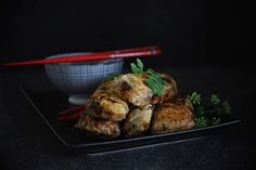 Vietnamské smažené závitky (Nem rán) s omáčkou Foodies, Turkey, Fresh, Chicken, Recipes, Diet, Asia, Turkey Country, Recipies