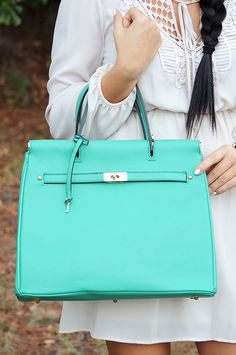 Breakfast With Tiffany Purse: Bright Mint #SHOPHOPES