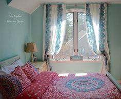 Teen Girl Bedroom Update – New England Home and Garden http://newenglandhomeandgarden.net/updating-our-teens-bedroom/