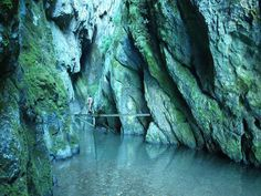 huda-lui-papara-interior cave zalmoxe's cave dacians people romanians Transylvania Romania, Visit Romania, Carpathian Mountains, Bucharest, Come And See, Montana, Waterfall, Beautiful Places, Places To Visit