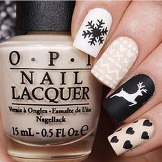 Understated, but still festive. | 21 Nail Art Designs That Will Make You Feel Christmassy AF
