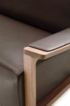 Astonishing Pine Bedroom Furniture Ideas - New ideas Pine Bedroom Furniture, Sofa Furniture, Bamboo Furniture, Furniture Dolly, Steel Furniture, Modern Wood Furniture, Leather Bed, Leather Furniture, Leather Sofas