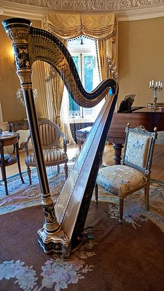 Gilt accented harp could be used to accompany the 1887 Steinway piano in the Oval Drawing Room of Pittock Mansion   #TuscanyAgriturismoGiratola