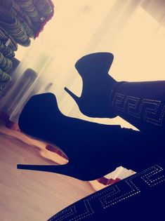 Hot Black Boots <3