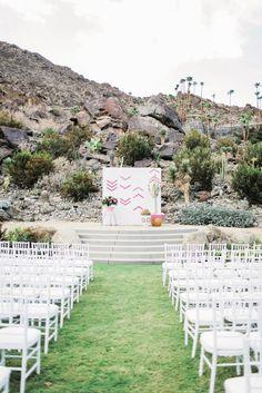 Outdoor Geometric Ceremony Backdrop | Photo: Gideon Photography |