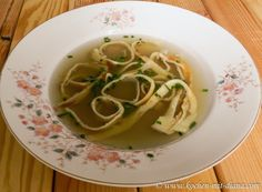 Kochen mit Diana/ Cooking with Diana: Frittatensuppe/ Sliced pancake soup
