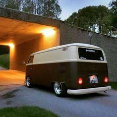 25 Ideas for volkswagen campers van beetles Volkswagen Transporter, Vw T1 Camper, Vw Caravan, Volkswagen Type 3, Volkswagen Bus, Vw Kombi Van, Wolkswagen Van, Kombi Clipper, Kombi Food Truck