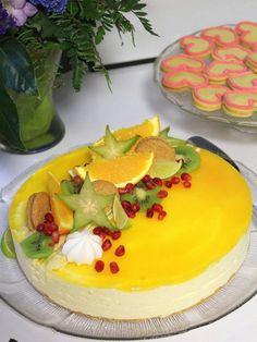 Se paras, raikas juustokakku (My Exploration) Fresh Fruit Cake, Just Eat It, Sweet Pastries, Cake Decorating, Decorating Ideas, Panna Cotta, Cheesecake, Deserts, Food And Drink